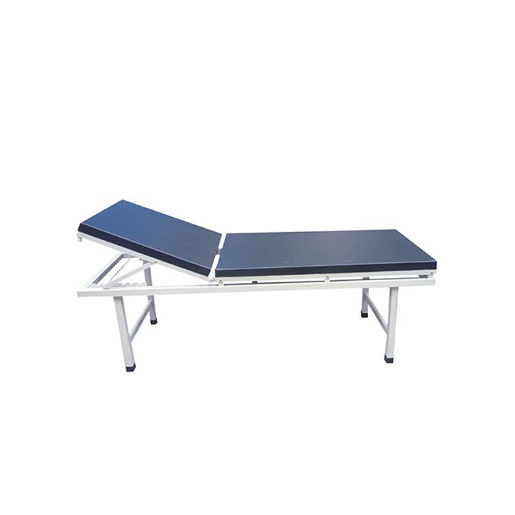 医院的检查床和床垫
